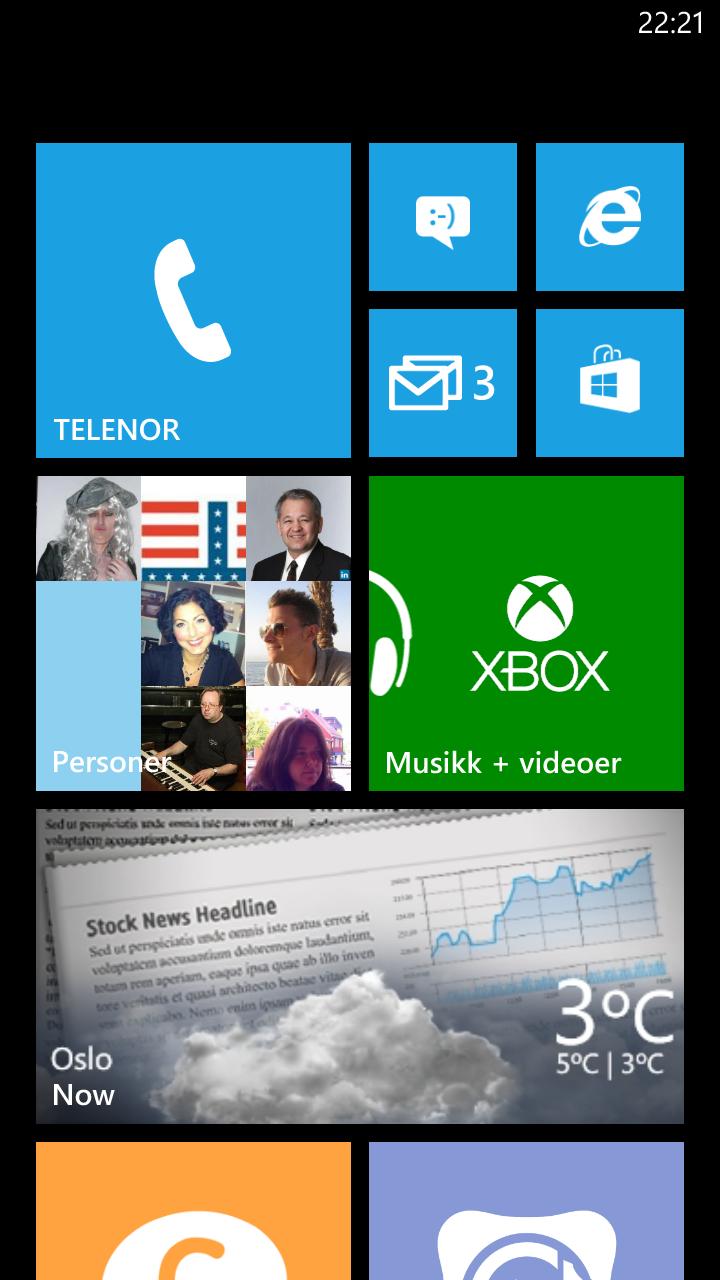 Slik ser startskjermen i Windows Phone 8 ut.