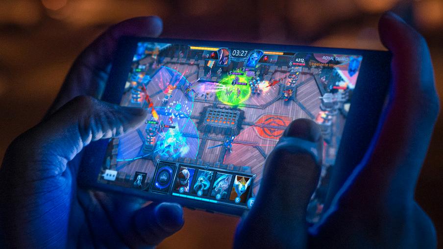 Razer Phone 2 byr på en ekstrem skjerm for spillere