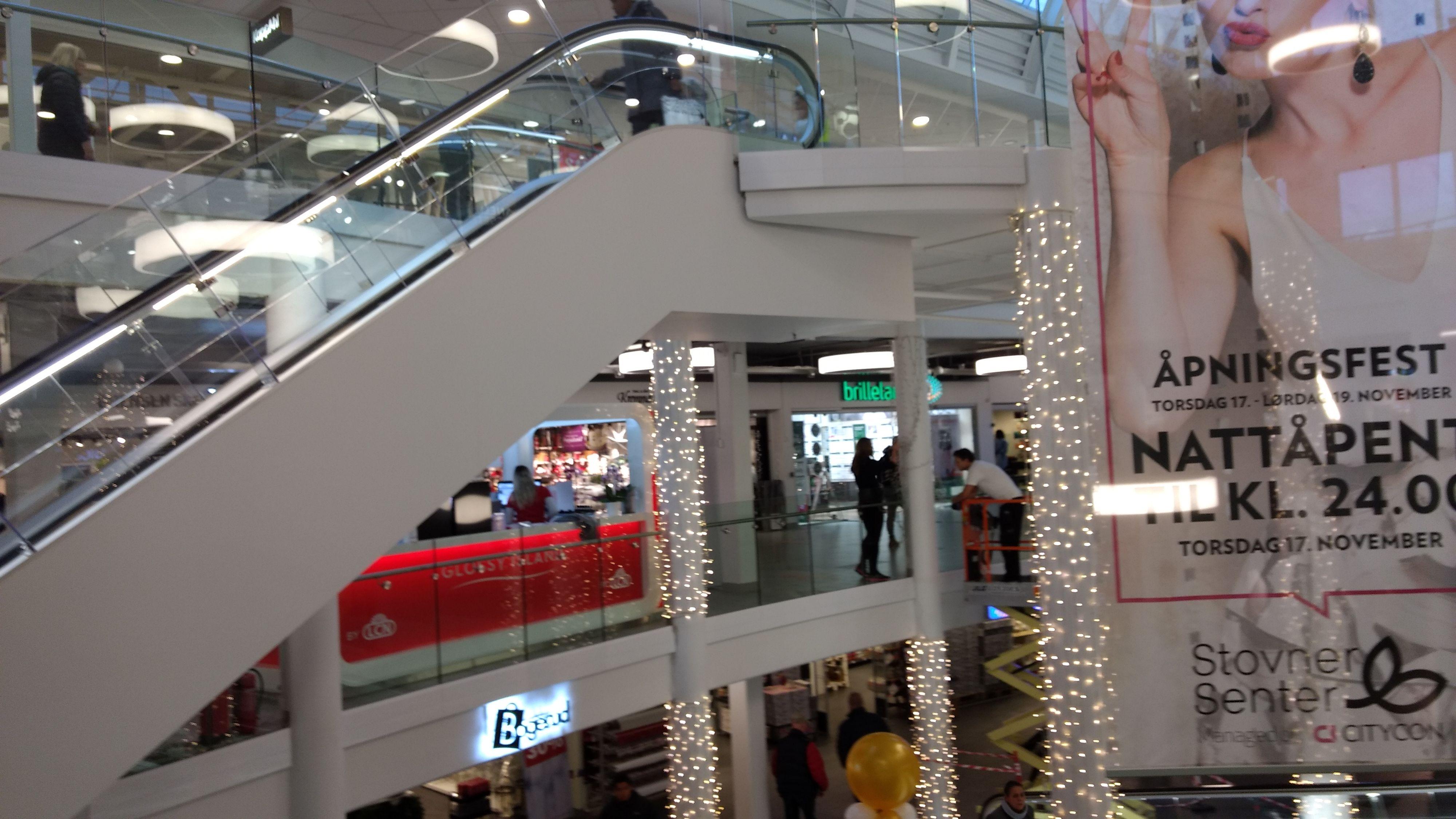 Moto Z Play innendørs, kjøpesenter