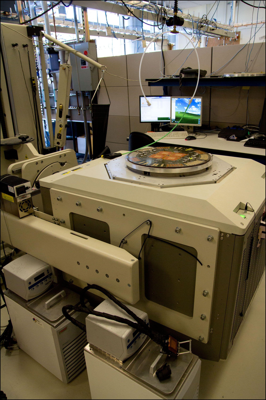 Maskinen som tester Playstation 3-brikkene