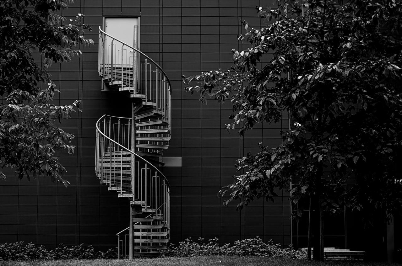 Selv velkjente omgivelser kan by på nye motiver når du bevist leter etter spesielle linjer eller former. Foto: Akambruker Pentaxen