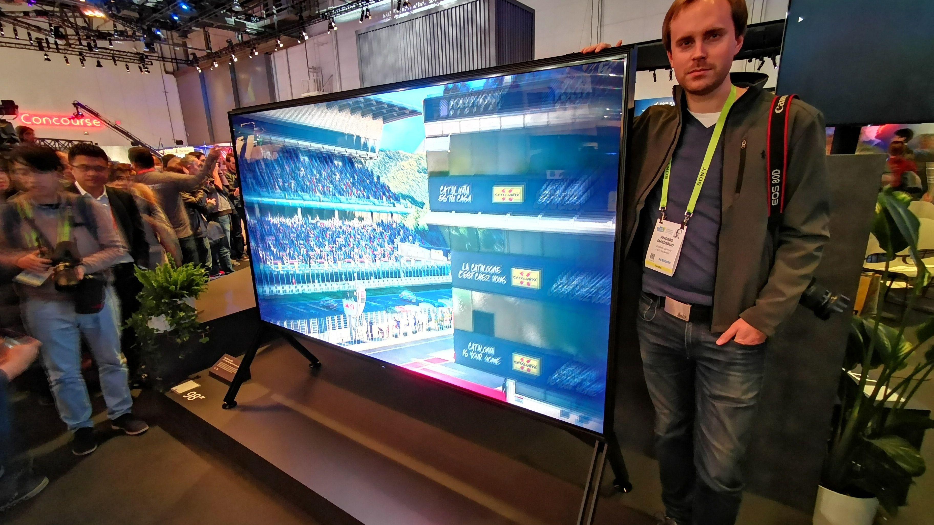Sony avslørte sin første 8K-TV på hele 98 tommer