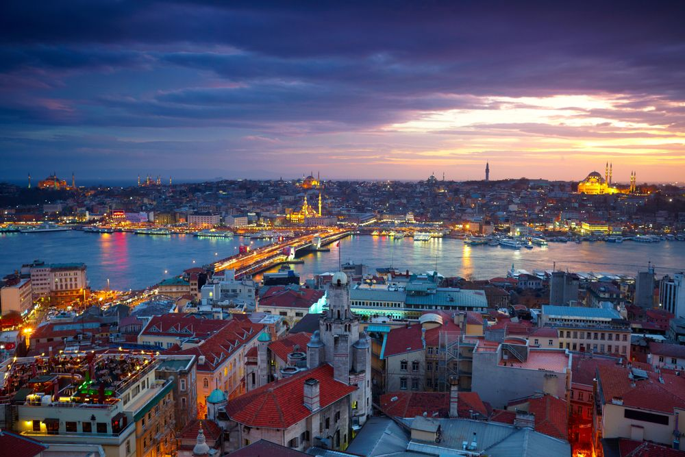 UberBoat lanseres først i storbyen Istanbul i Tyrkia. Foto: SJ Travel Photo and Video/Shutterstock.com