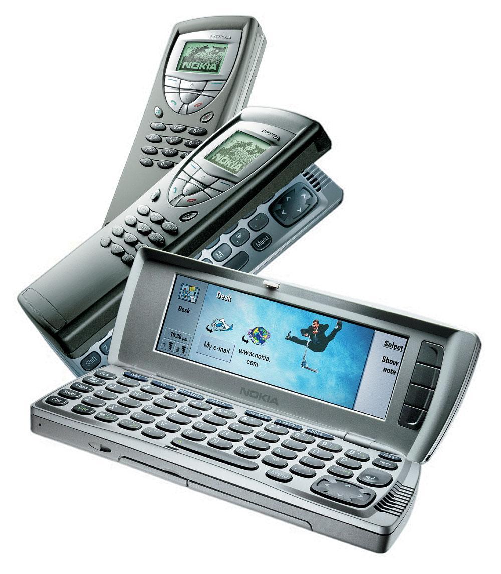 Nokia 9210 Communicator tok over for 9110, og hadde Symbian og fargeskjerm.