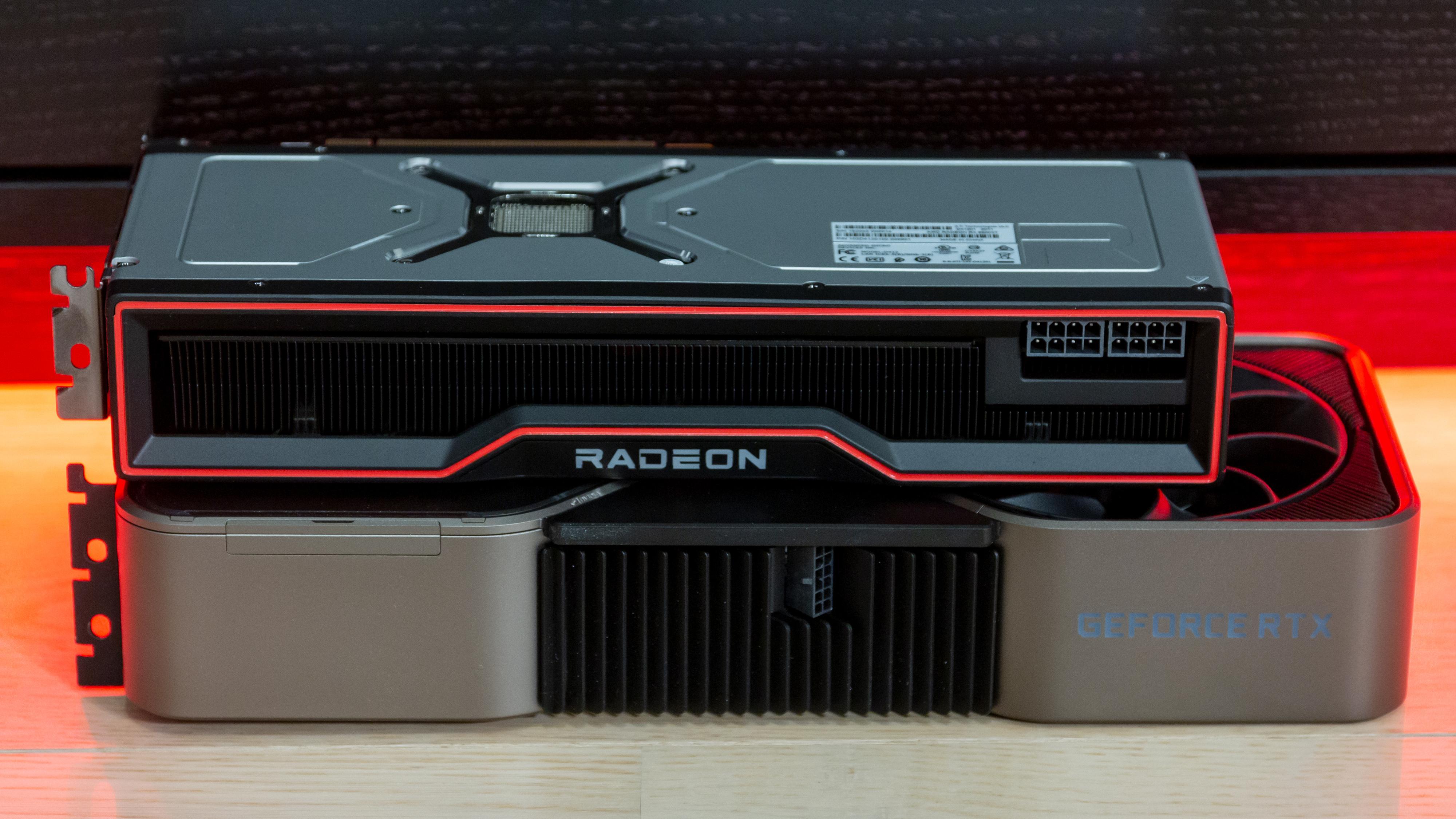 AMDs RX 6900 XT og Nvidias RTX 3090 er ettertraktede kort som sammen med sine søsken har økt i pris etter lanseringen i 2020.