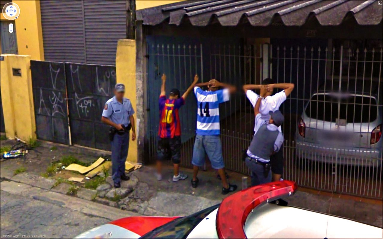 Dobbel straff for disse guttene.Foto: 9-eyes / Google
