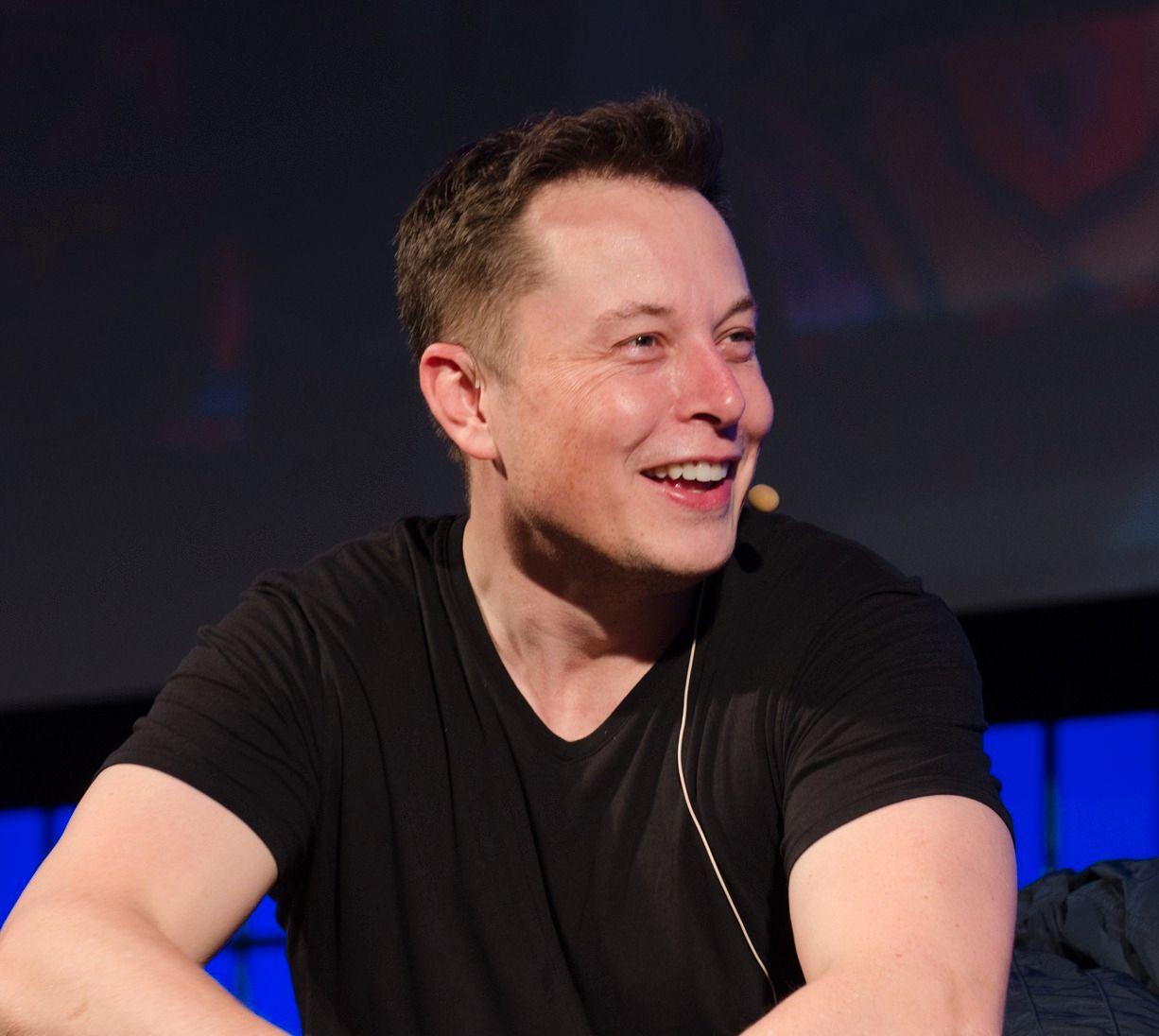 Elon Musk har planer om å koble hele verden på høyhastighetsnett med satellitter.