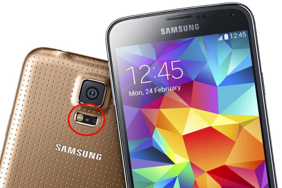 Stadig flere telefoner og smartklokker kommer med en optisk pulssensor.Foto: Samsung