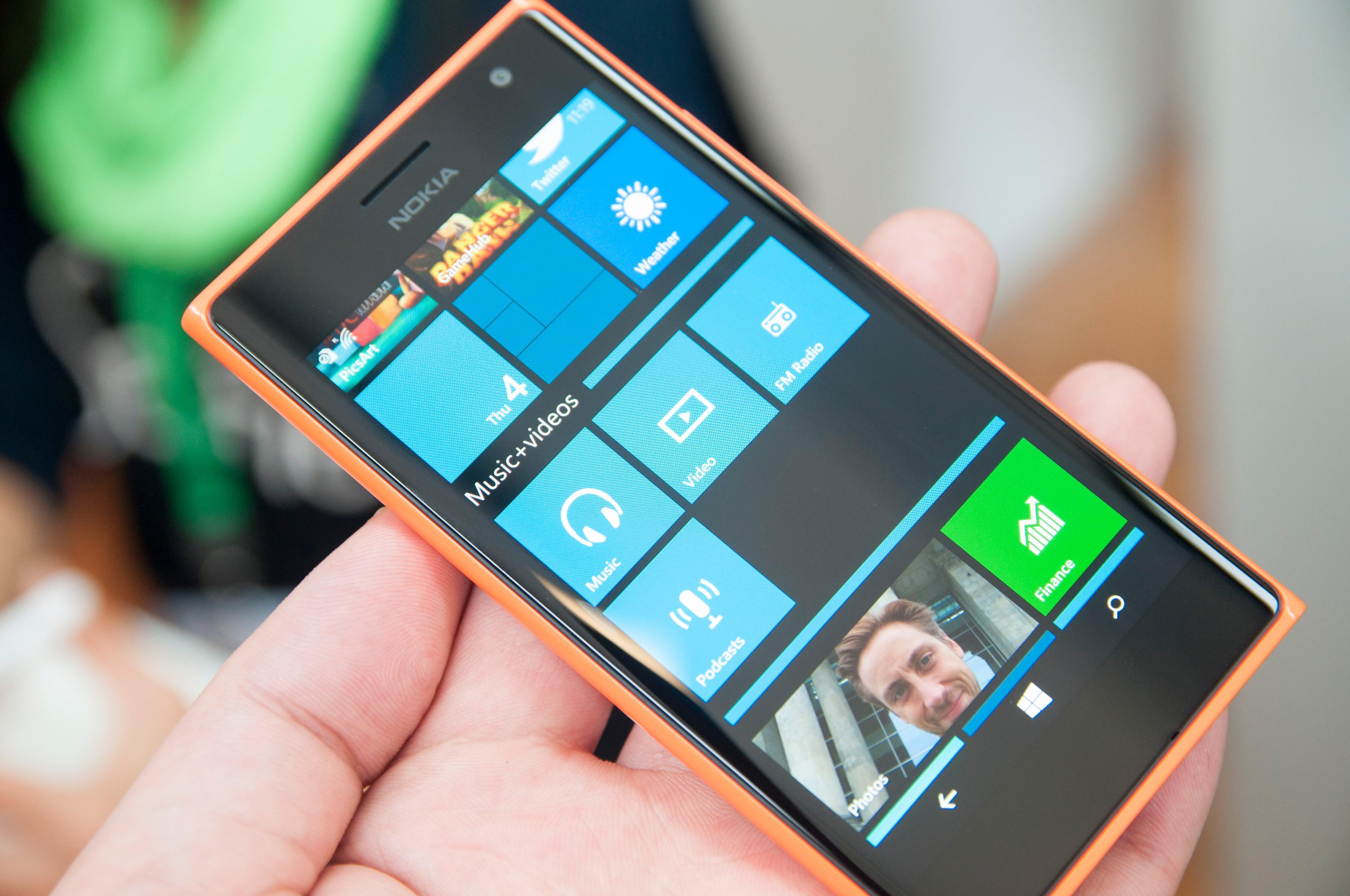 Siste utgave av Windows Phone 8.1 har tatt et oppgjør med så godt som alt som manglet i tidligere versjoner. Mapper og varslingssenter er blant de viktigere tingene.Foto: Finn Jarle Kvalheim, Amobil.no