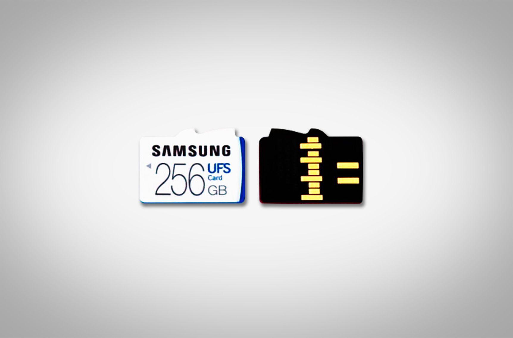 Her ser du både frem- og baksiden på det nye UFS-minnekortet til Samsung.