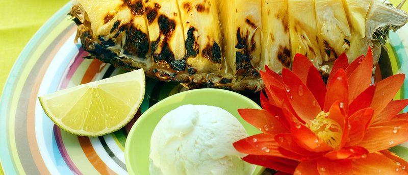 Dessertrecept på grillad ananas