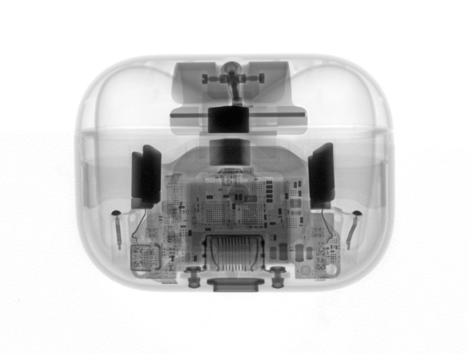 Nettstedet iFixit brukte røntgenstråler for å få et overblikk over alle komponentene før de tok øreproppene fra hverandre.
