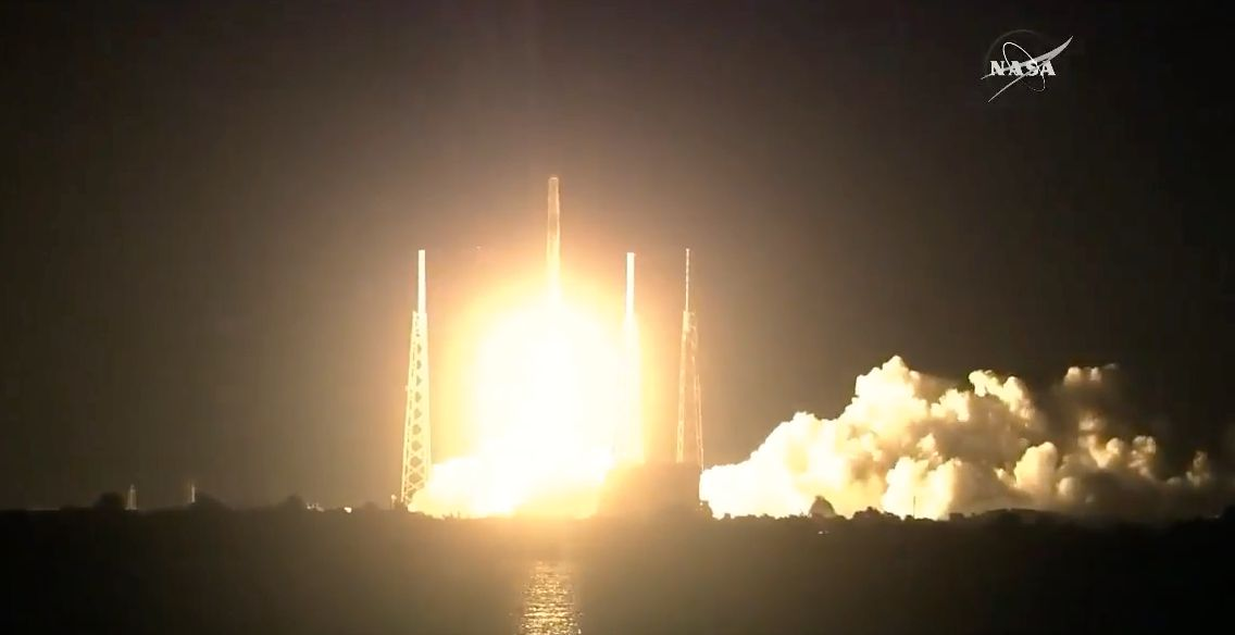 Her er SIMON på vei til den internasjonale romstasjonen fredag morgen amerikansk tid.
