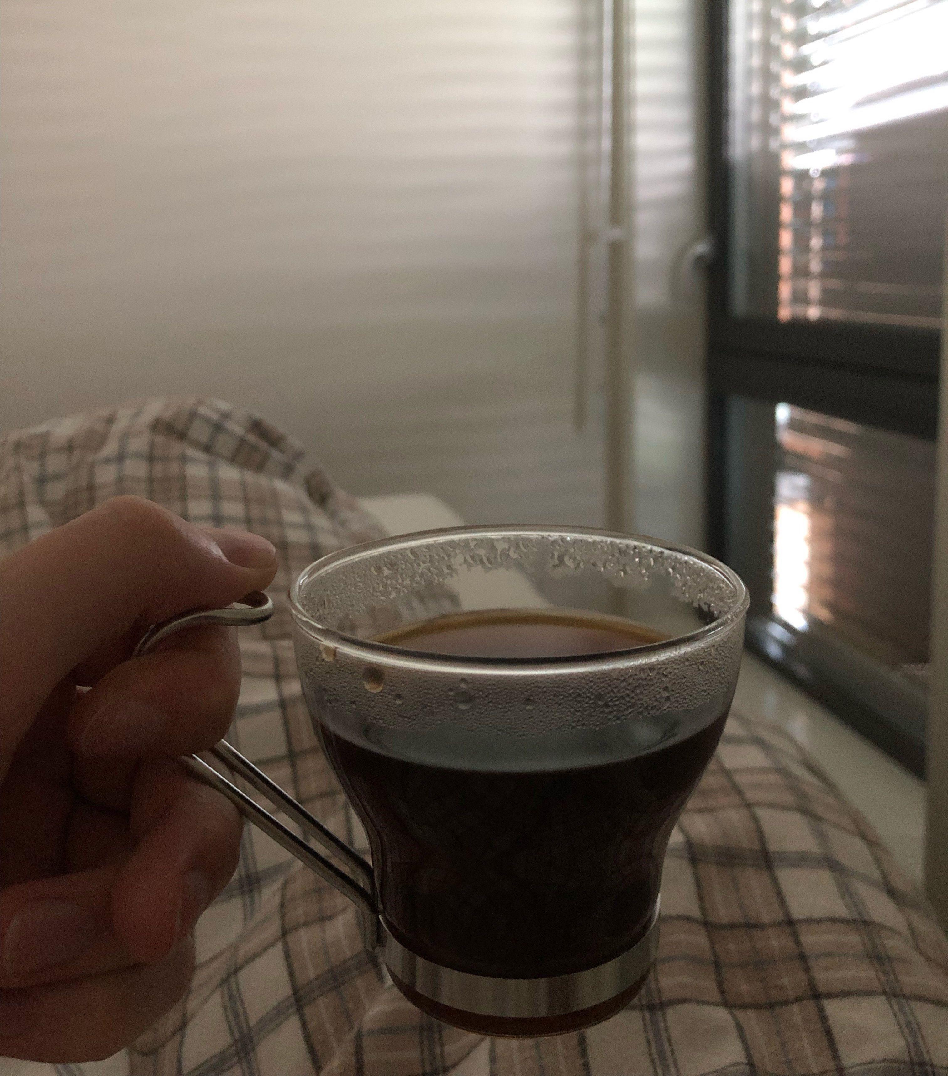 Det er deilig med en kopp kaffe før du har stått opp!