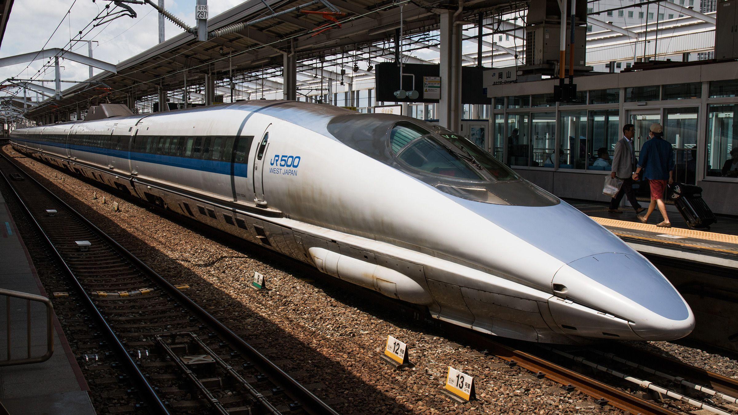 Den eldre 500-serien togsett brukes i dag kun på de tregeste linjene i Shinkansen-nettverket, kalt Kodama.Foto: Varg Aamo, Hardware.no