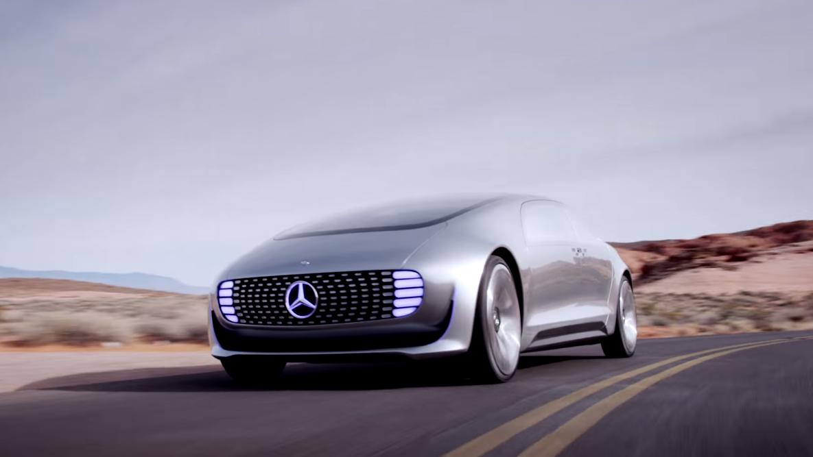 Daimler og Qualcomms samarbeid kan også få betydning for selvkjørende biler. Dette er den selvkjørende Mercedes-konseptbilen F 015. Foto: Mercedes-Benx/YouTube