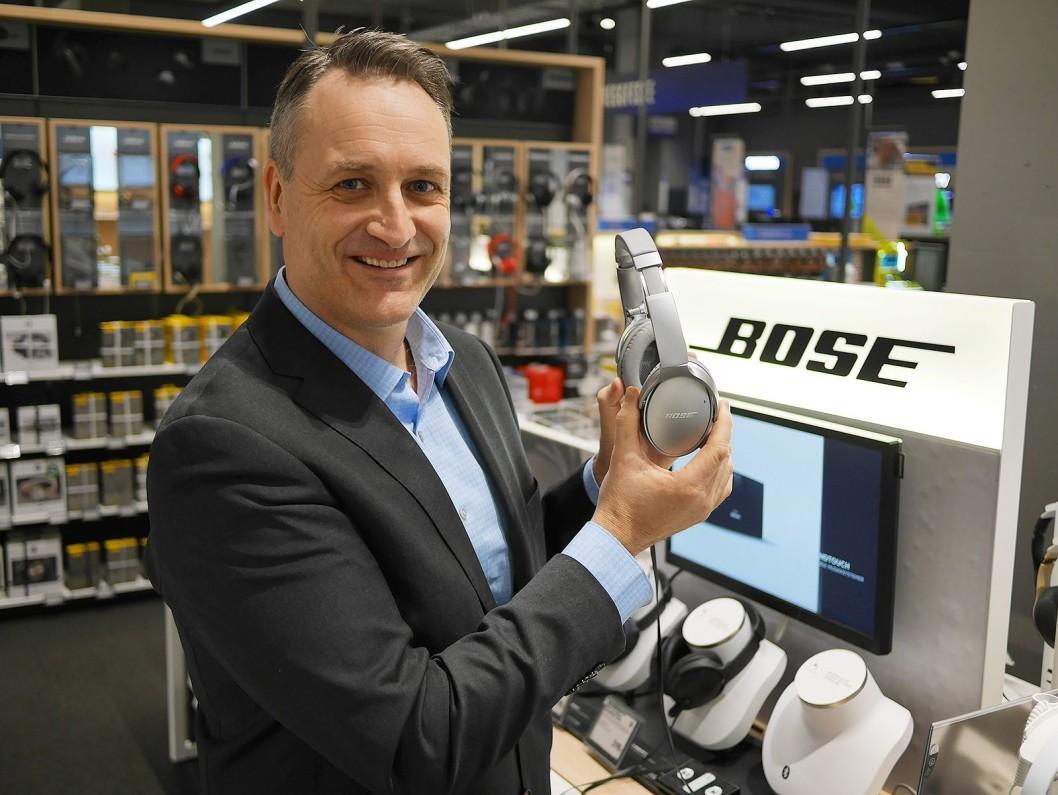 Jan Røsholm er administrerende direktør i Stiftelsen Elektronikkbransjen.
