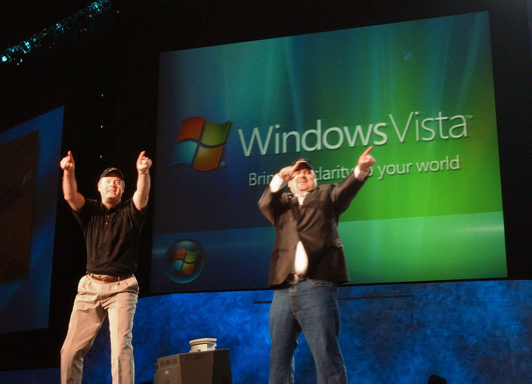 Windows Vista ga Microsoft et frynsete rykte. Her blir operativsystemet annonsert i juli 2005.Foto: Microsoft