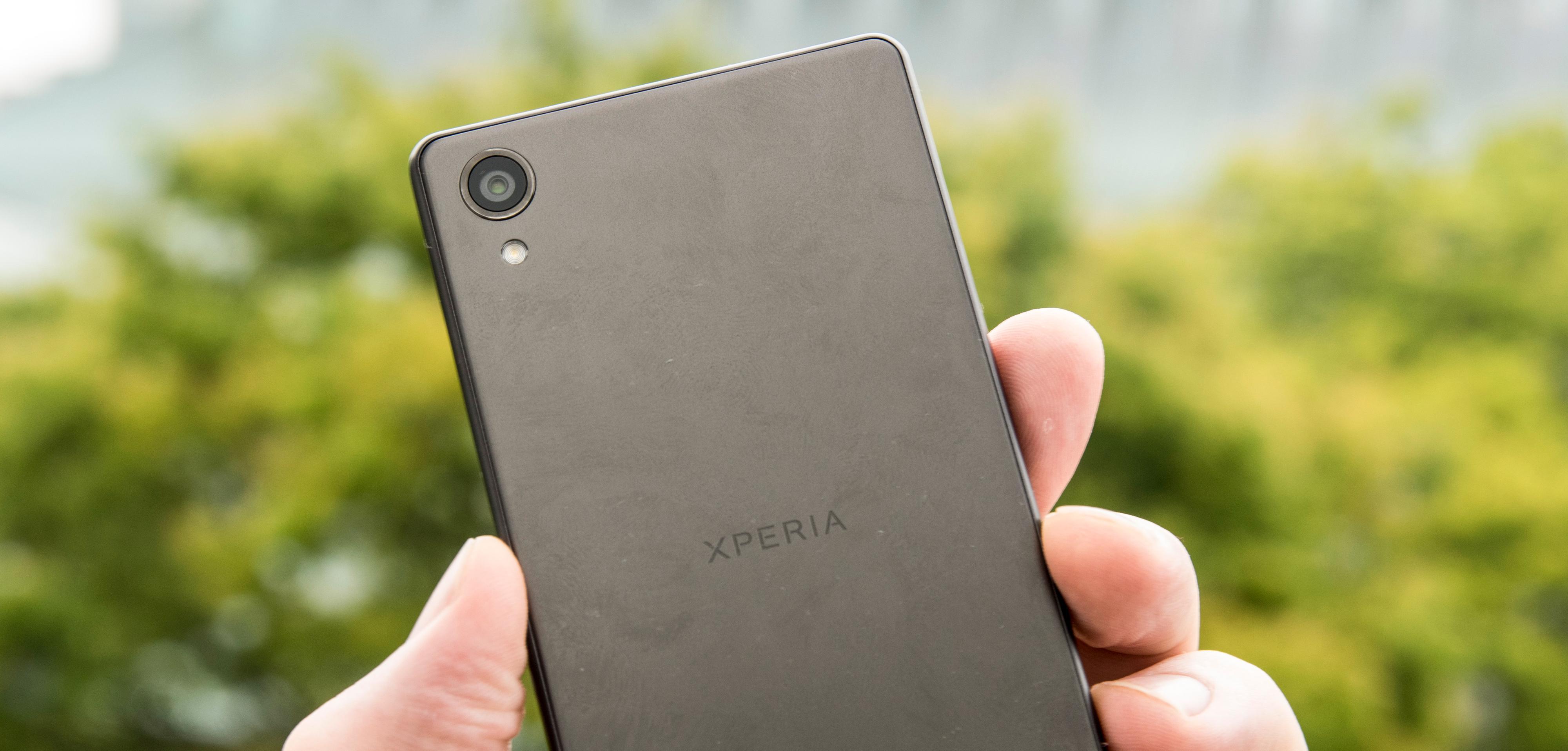 Kameraet i Xperia X er det samme som i Xperia Z5, men programvaren har lært nye triks siden sist.