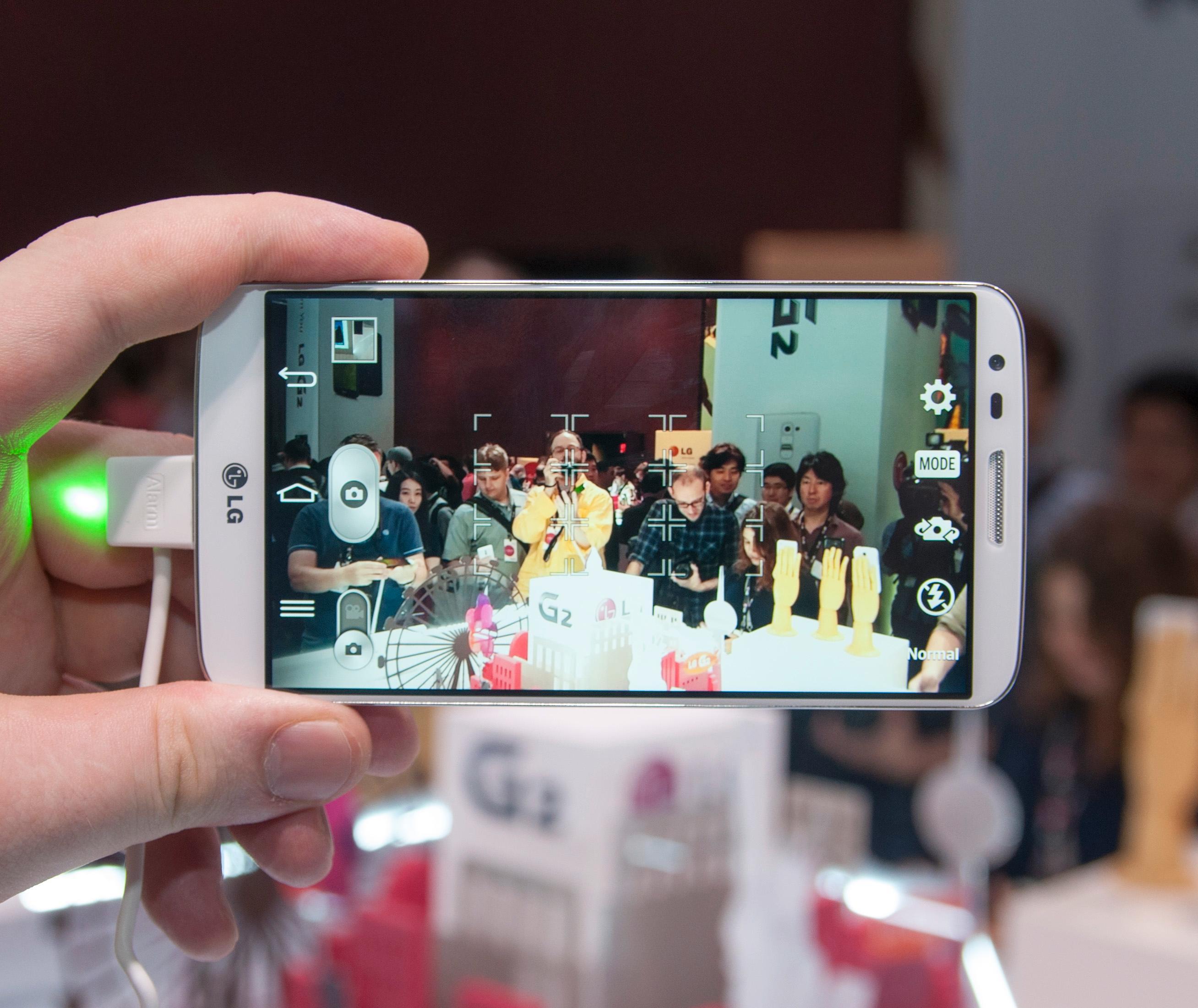 LG skryter veldig av kameraet i nye G2.Foto: Finn Jarle Kvalheim, Amobil.no
