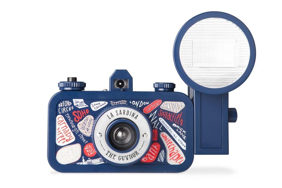 """Lomo La Sardina & Flash """"The Guvnor"""" Edition er bare ett av mange forskjellige Lomo-kameraer man kan kjøpe i dag.Foto: Lomography.com"""
