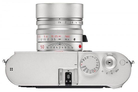 Sånn føles det å se ned på en Leica M.