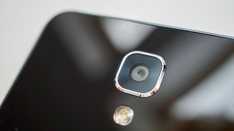 Kamera uten HDR til 2 600 kroner? Nei takk!
