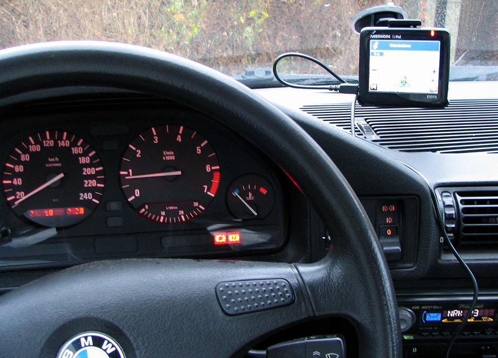 E3315 er liten og nett, og tar liten plass i bilen. (Alle foto: Marius Valle)