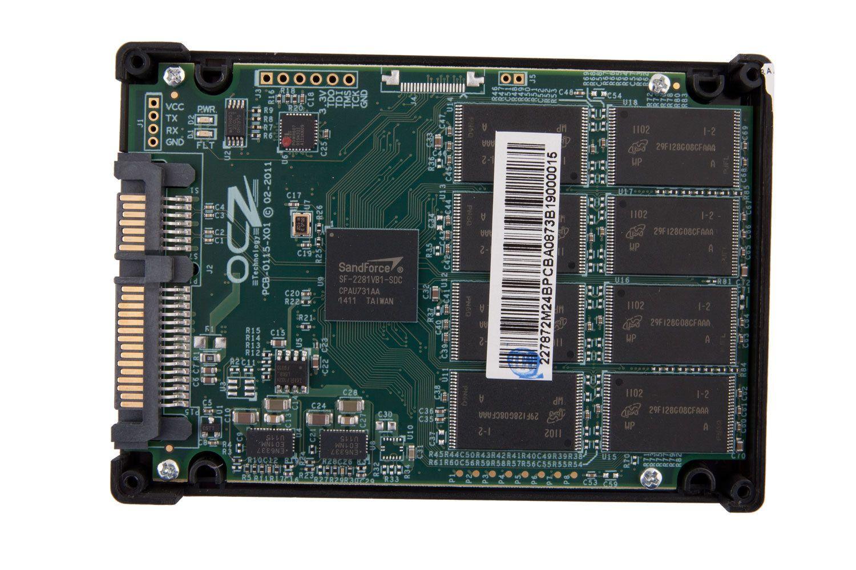 Innsiden av en SSD