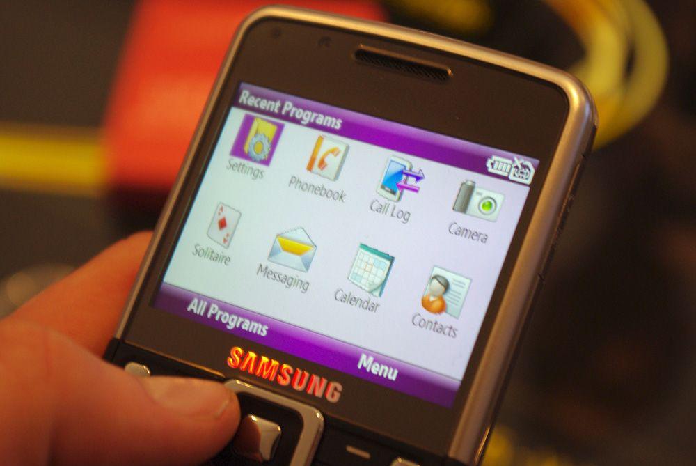 Menyene ellers er fra Windows Mobile 6.1 Standard.