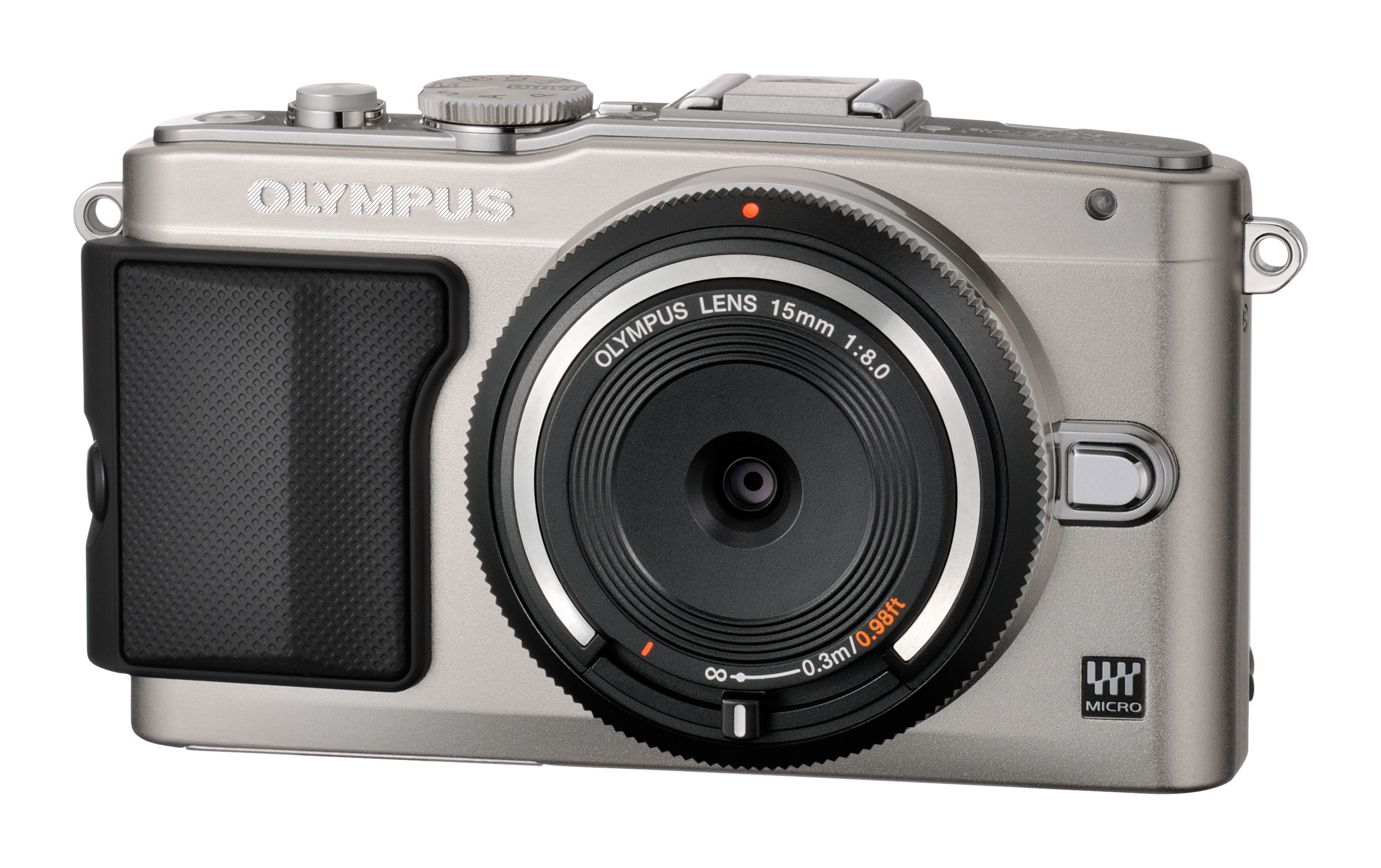 Olympus BCL-1580 påmontert et kamera.Foto: Olympus