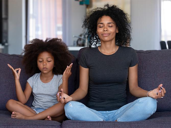 – Att börja meditera är inte svårt.Börja med tio minuter om dagen, tipsar Nicklas Johansson från Yogateket i Uppsala.