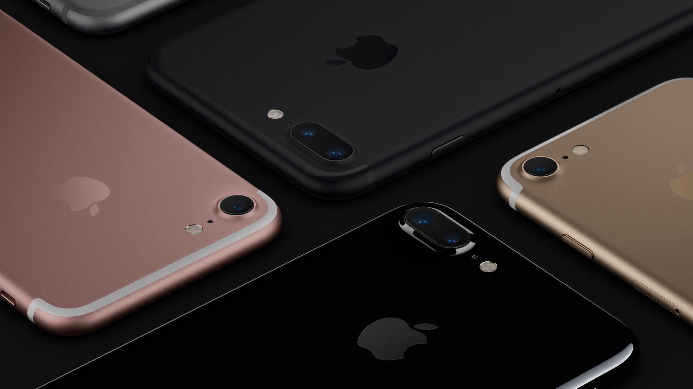 Apple gjorde telefonene sine tregere for å unngå at de skrudde seg av som følge av svakt batteri. Nå må de punge ut.