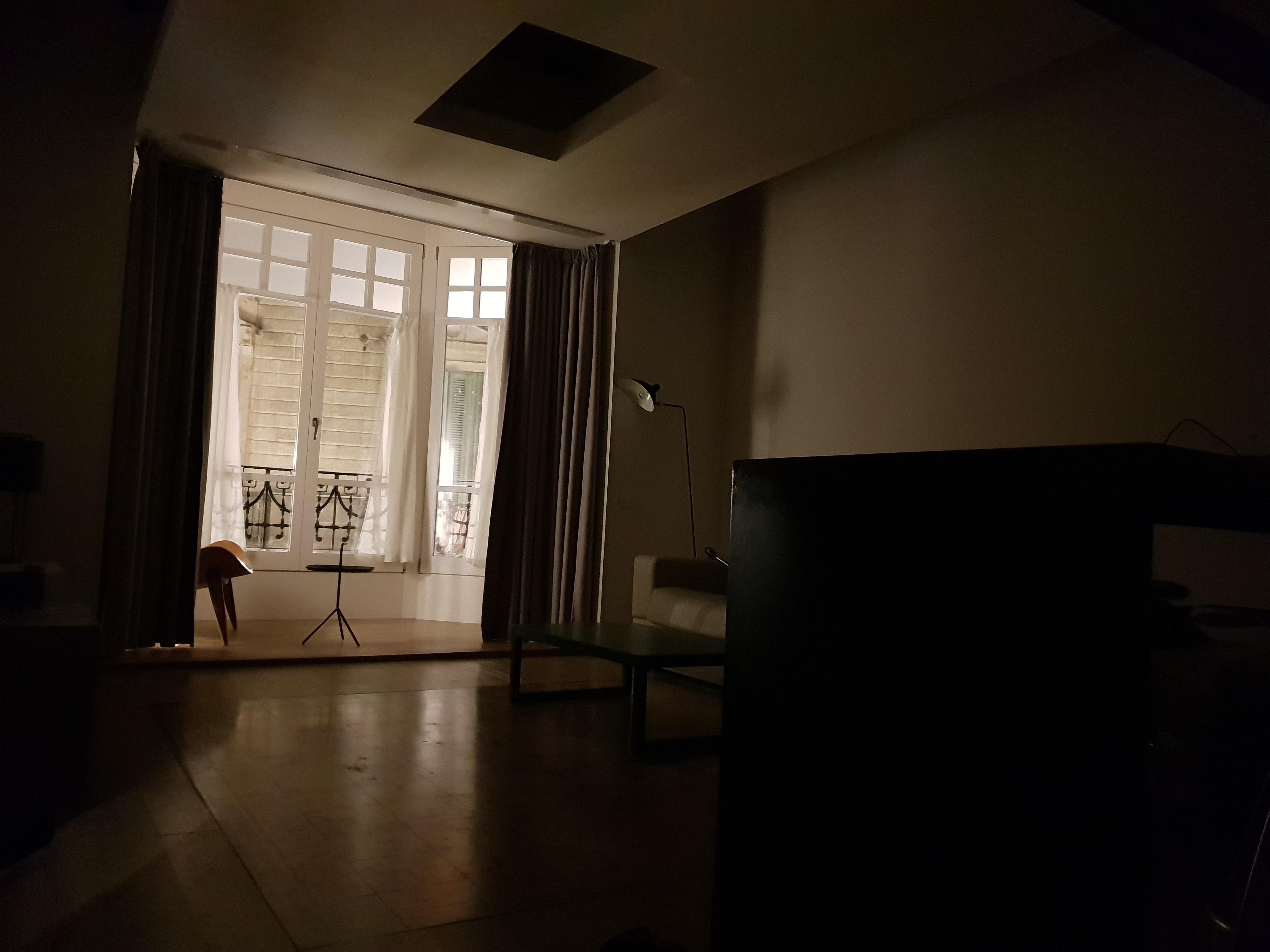 Mørklagt leilighet.