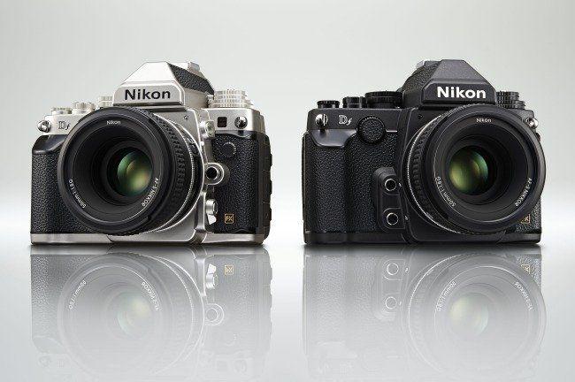 Nikon Df er tilgjengelig i både sølv og svart. (Foto: Nikon)