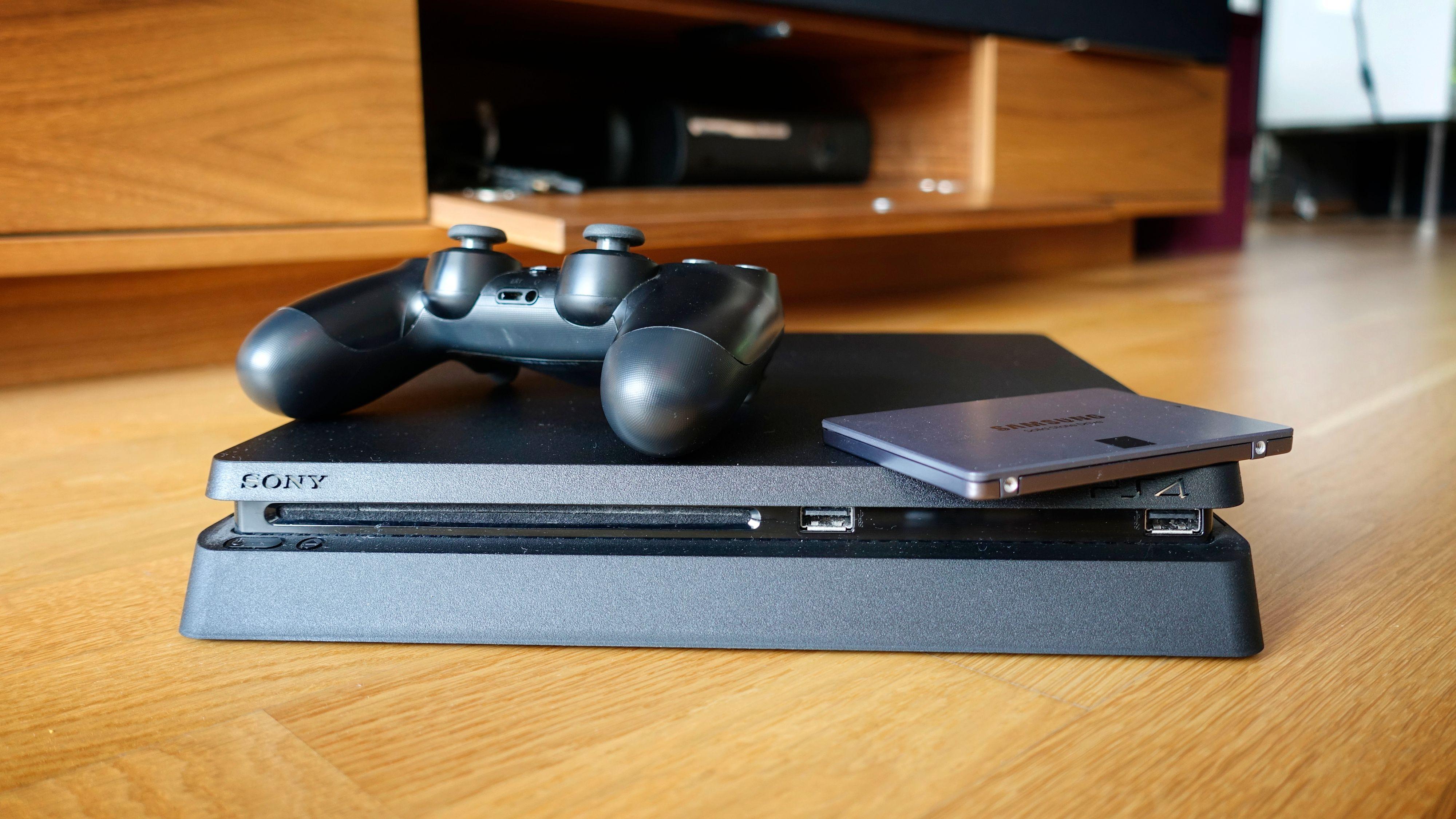 Bytte harddisk på Playstation 4