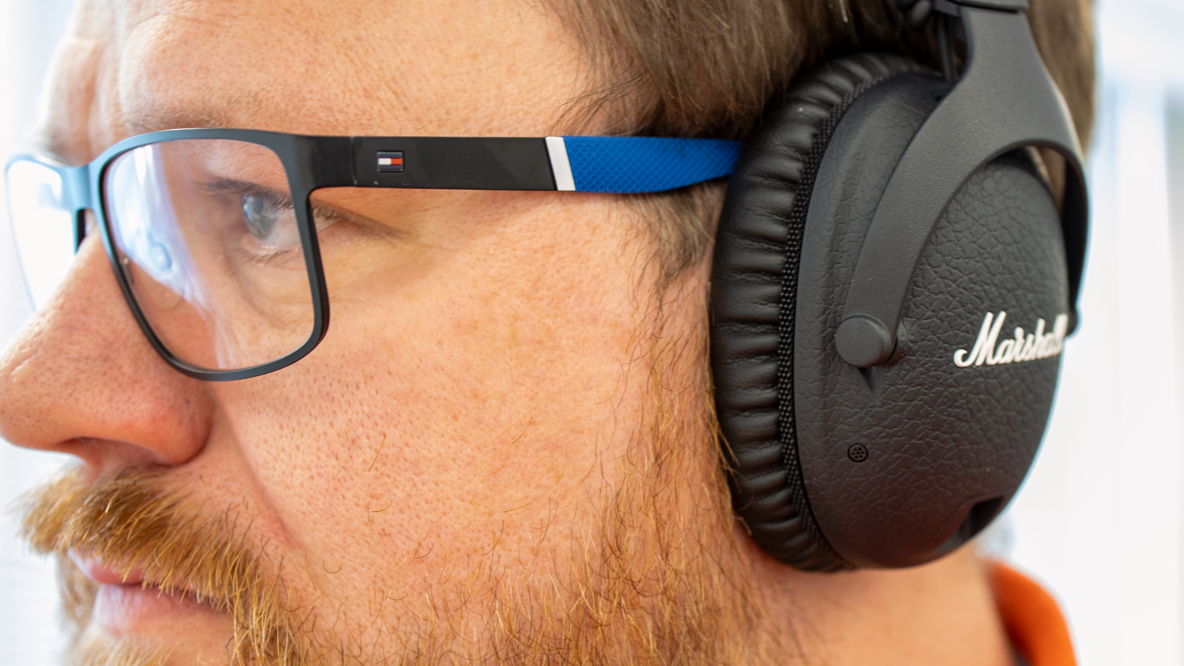 Vi har ingen problemer å bruke briller sammen med klokkene.