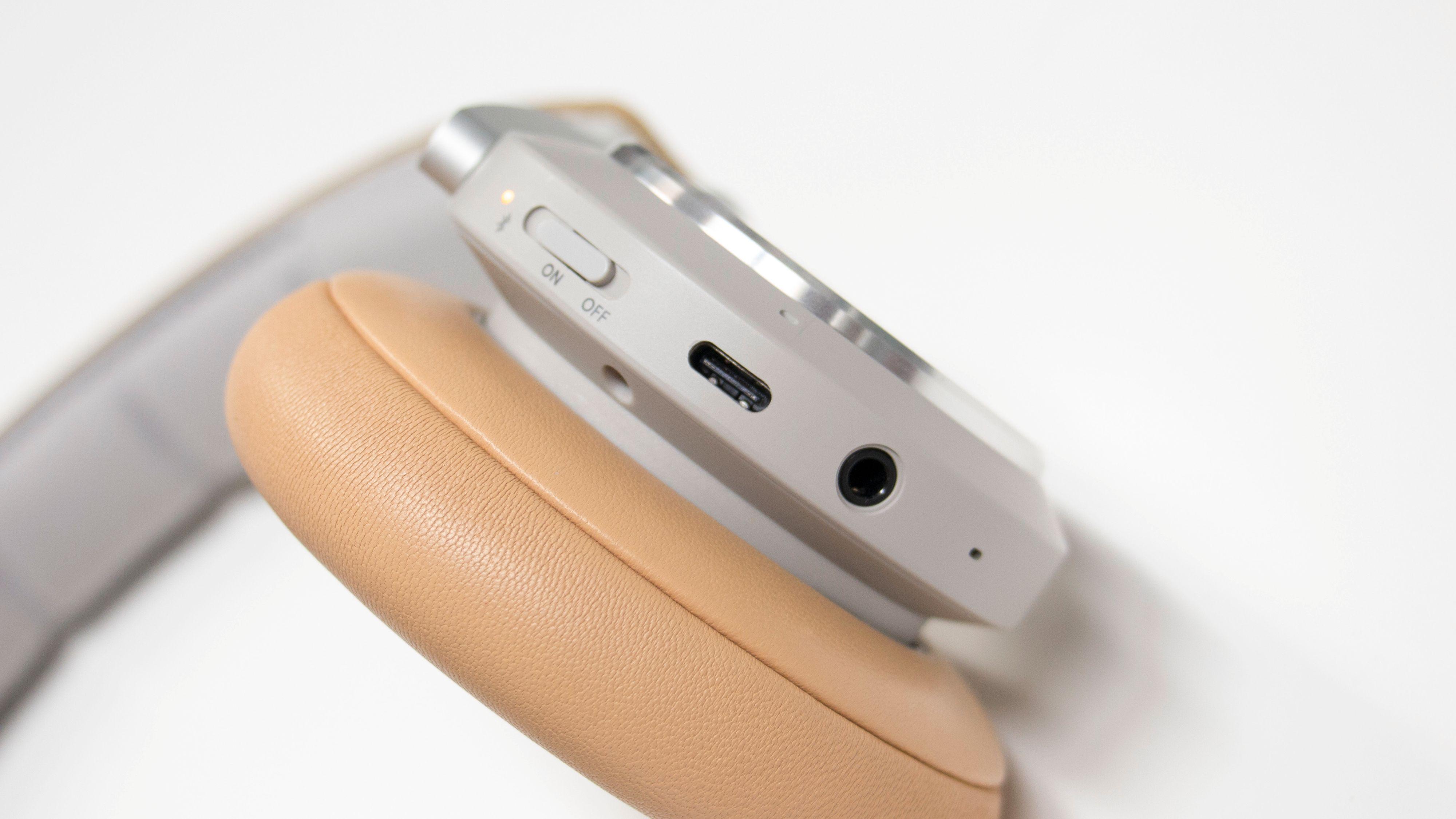 B&O Play H9i er en av de første hodesettene vi har testet med USB-C-port.