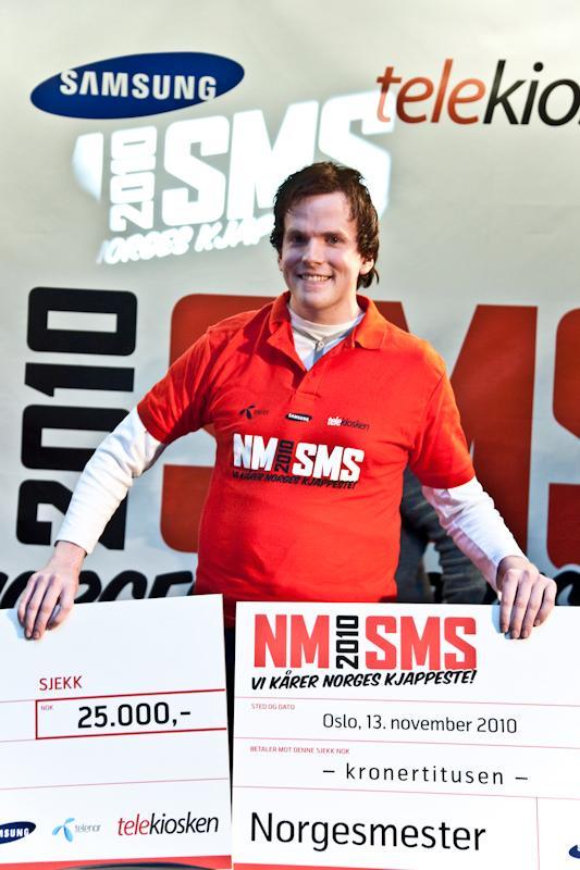 Frode Ness smilte nok hele veien til banken etter å ha vunnet NM og slått verdensrekorden.