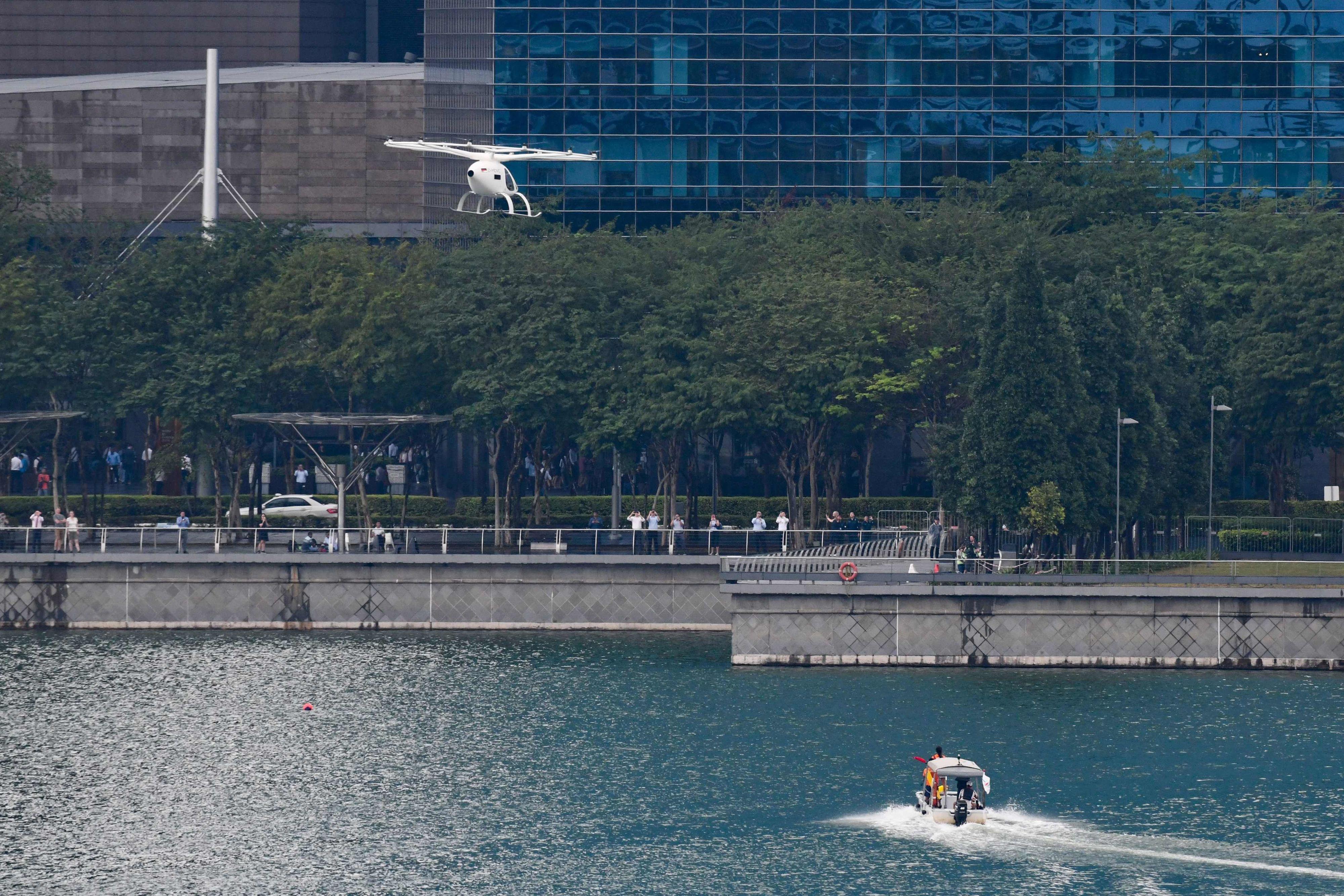 Demonstrasjonsturen foregikk over reservoaret i Marina Bay.