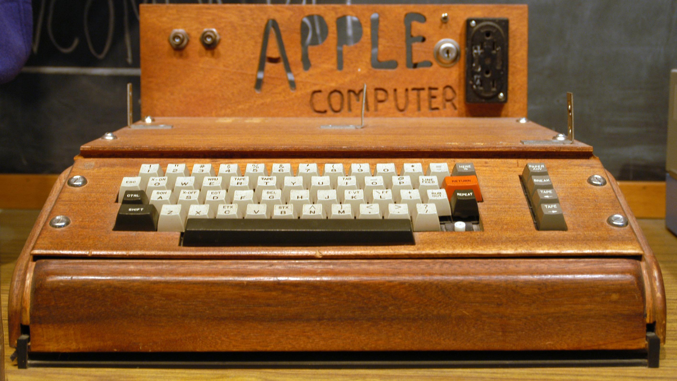 Steve Wozniak skapte Apple og Apple II, og la dermed grunnlaget for Apple-imperiet. Foto: Ed Uhtman