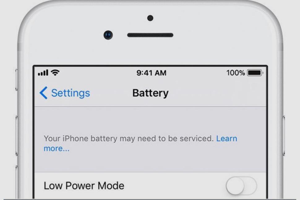 Ser du denne beskjeden på mobilen din bør du vurdere å skifte batteri. Bilde: Apple