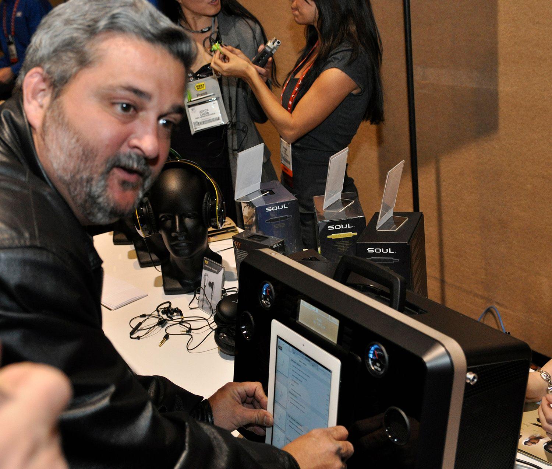 Denne iPad-høyttaleren fra Soul kan brukes som gitarforsterker.