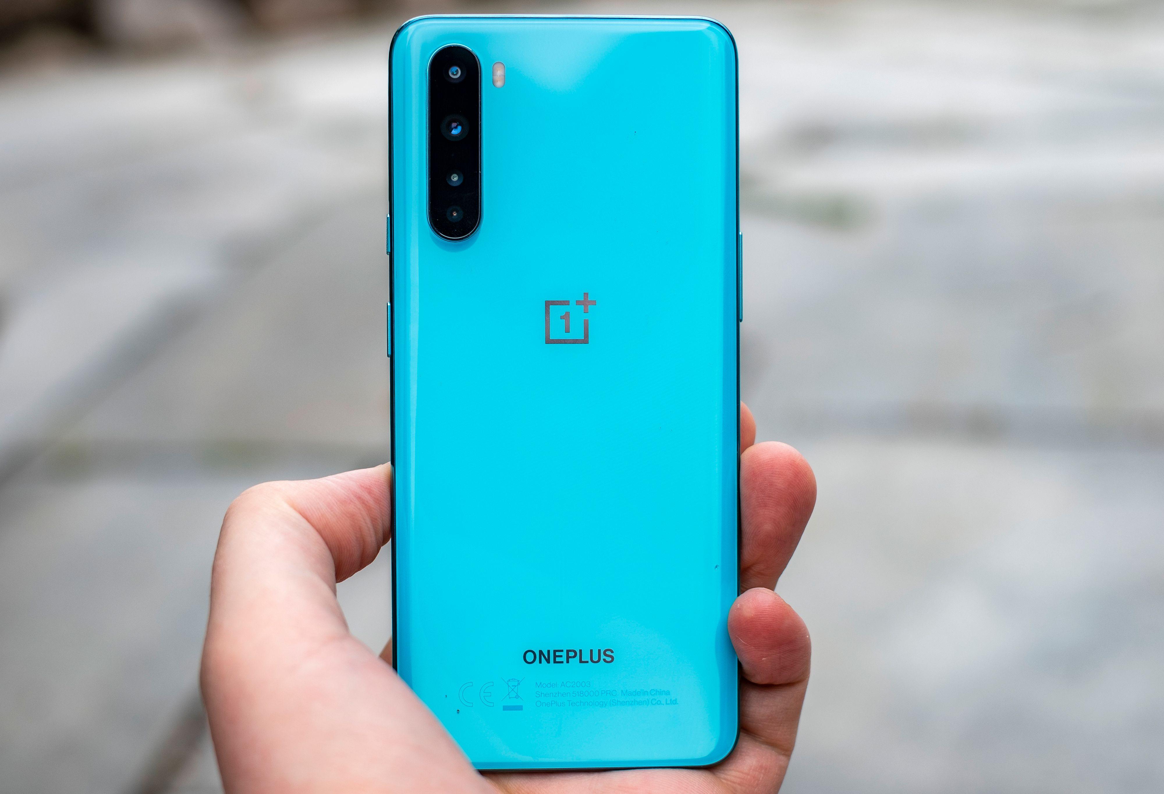 I 2018 skapte Xiaomi Mi A2 furore i de laveste prisklassene. Konkurrentene klarte ikke å følge på, og selv Xiaomi leverte en dårligere mobil som oppfølger til den uslåelige budsjettmobilen. Vil konkurrentene prøve å følge opp Nord, eller blir den høyt spesifiserte telefonen en gjentakelse av Mi A2, der ingen klarer å få has på den?