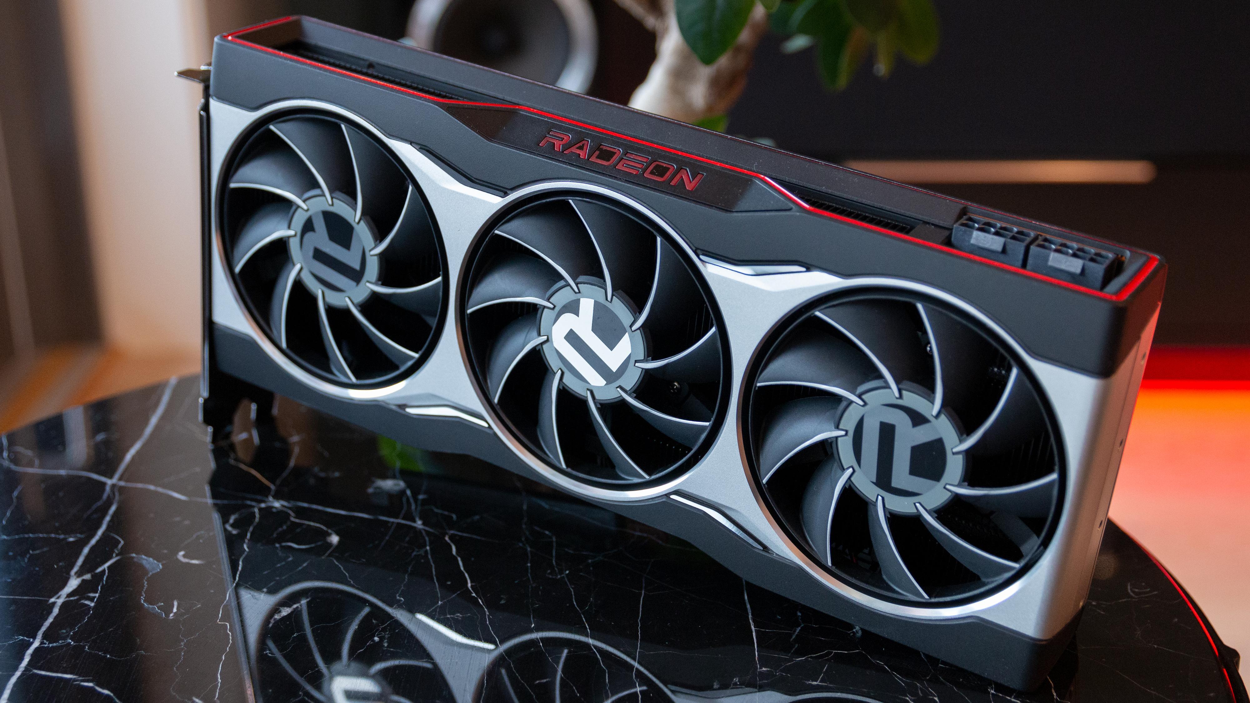Radeon RX 6800.