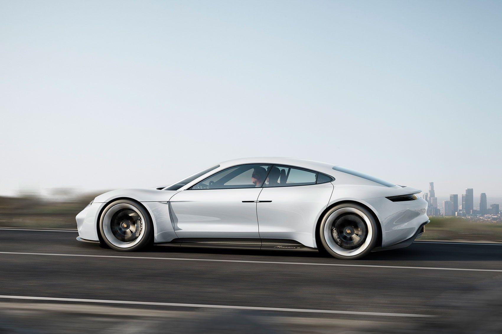 Porsche Mission E. Bilde: Porsche