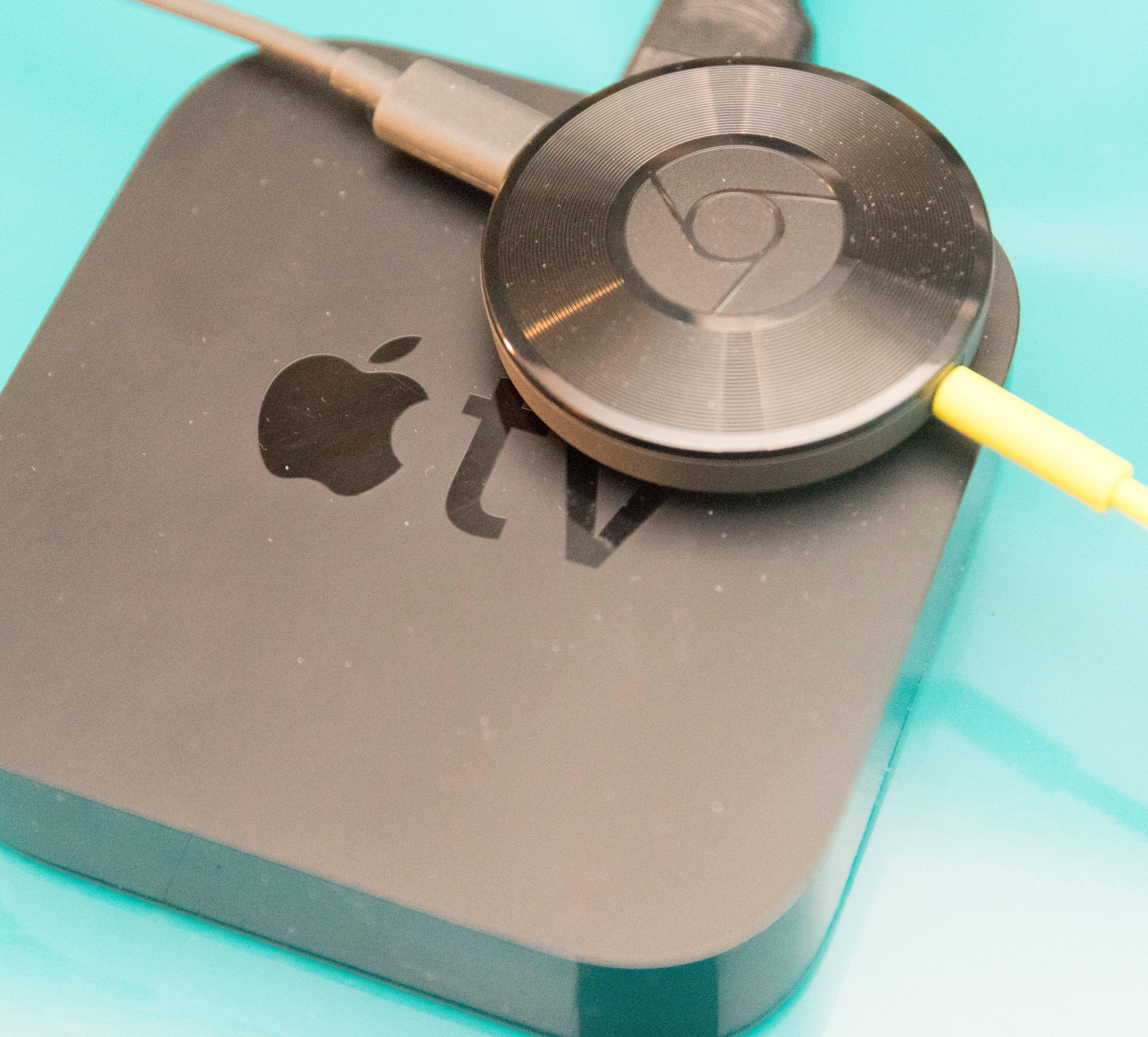 Chromecast Audio gjør bare en brøkdel av det Apple TV kan, men trenger du bare lydstrømming kan den være et utmerket alternativ. Foto: Finn Jarle Kvalheim, Tek.no