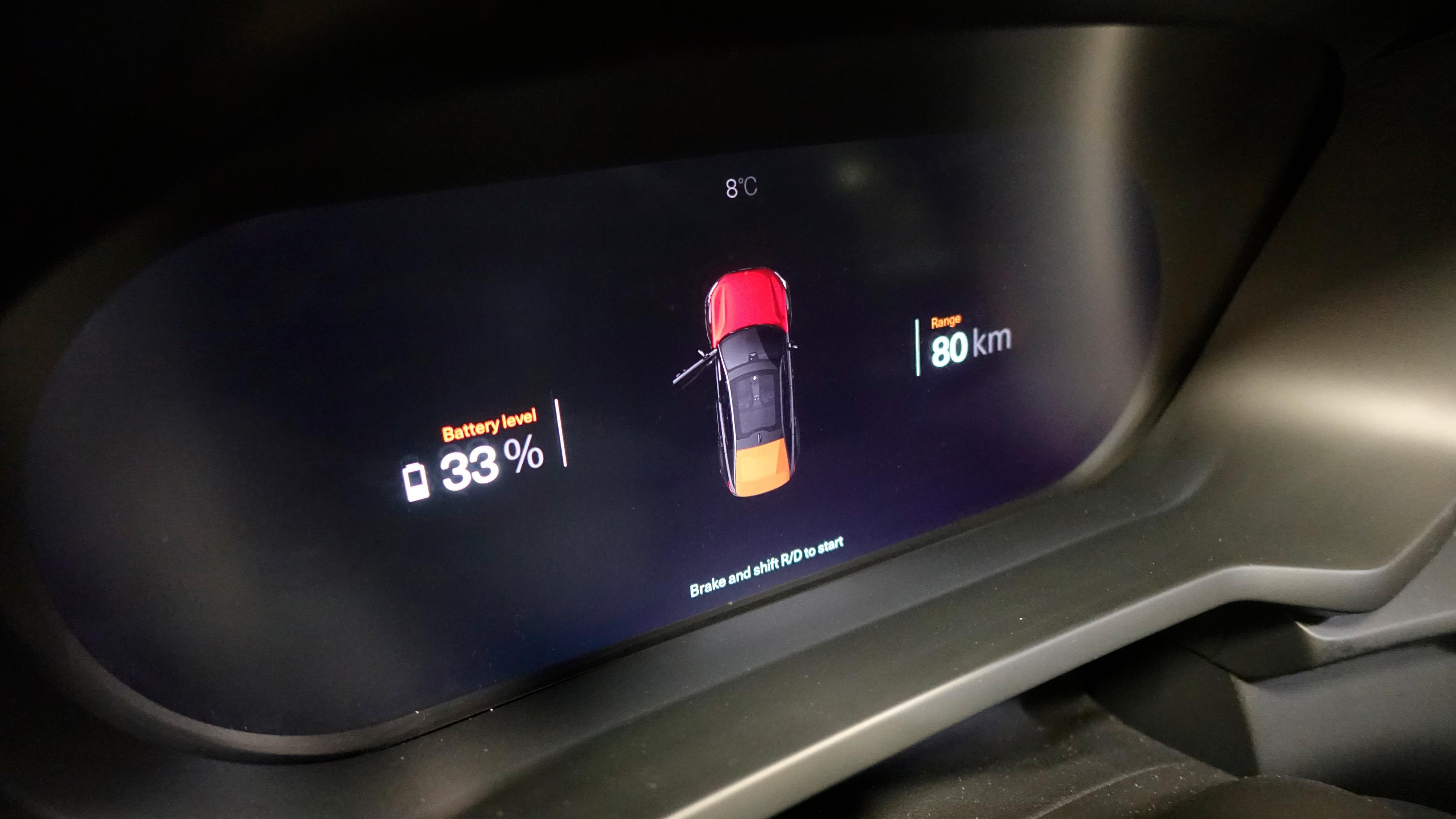 Bilen vi tok bilder av hadde sannsynligvis blitt kjørt ganske hardt – 80 kilometer rekkevidde på 33 prosent batteri er ikke veldig mye å skryte av.
