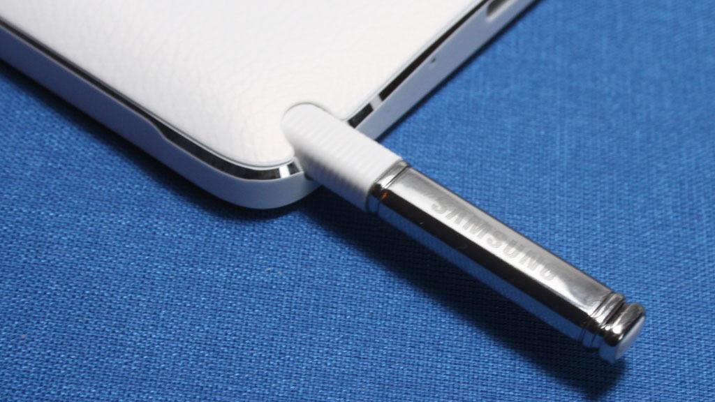 Pennen som følger med gir Note 4 noen unike funksjoner.Foto: Espen Irwing Swang, Amobil.no
