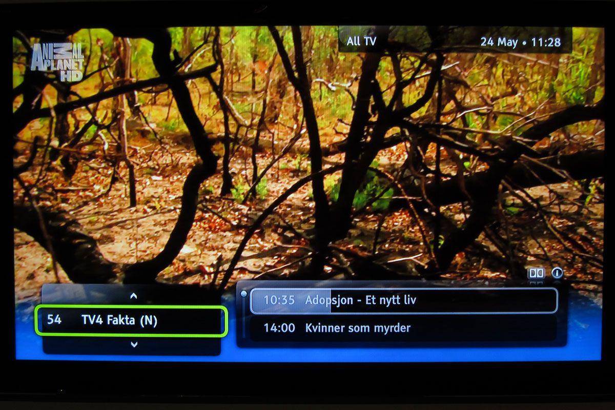 Trykk på høyre piltast for å se hva som sendes nå og senere i kveld på kanalen du har valgt.